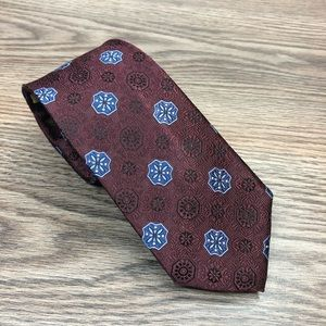Jos A Bank Maroon w/ Blue Check Slim Tie